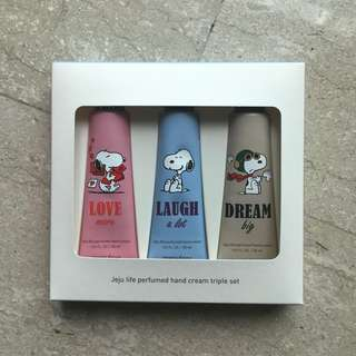 Snoopy x Innisfree Jejulife Perfumed Hand Cafe Triple Set