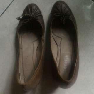 Sepatu Rotteli hak 4cm,