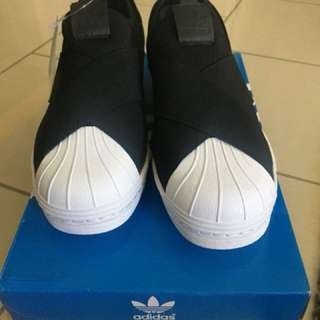 Adidas Slip-on Black