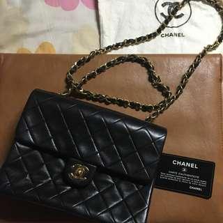 Chanel 皮鍊手袋
