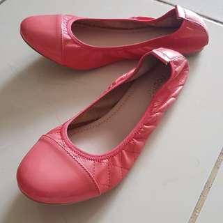 Sepatu Noche