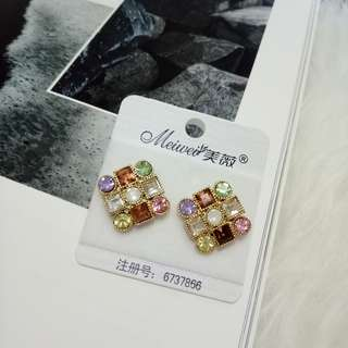 premium colorful earring