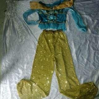 Jasmin costume 8-10 yrs old