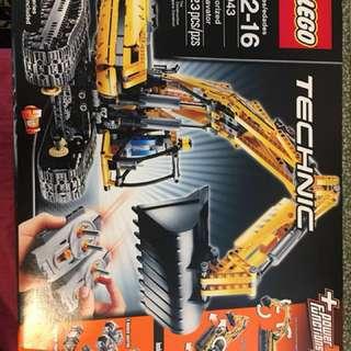 Original Lego Technic 8043 Excavator