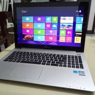 Asus Touchscreen i5/15.6inch/win8/4Gb/500Gb Hdd/Touch hand