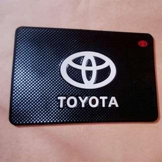 Toyota slip matt