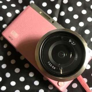 Samsung NX Mini pink