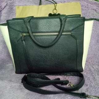Stradivarius medium rigid bag
