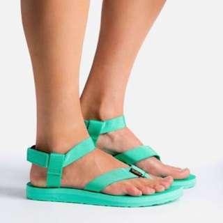 TEVA women's universal sandal