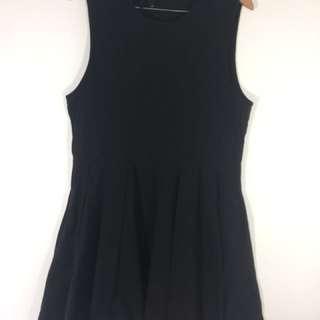 Huffer Black dress