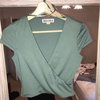 Mooloola green crop top. Worn once. Size 8