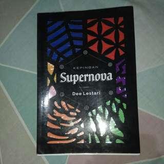 Kepingan Supernova by Dee Lestari