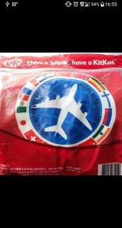 Kit Kat luggage protector cover 行履箱保護套