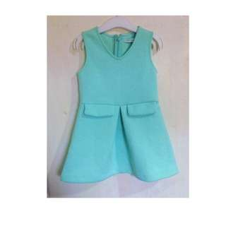 Brandnew Gingersnaps Mintgreen Dress (size 2 on tag) can fit 2-3y