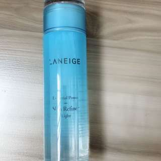 Kaneohe Essential Power Skin Refiner Light