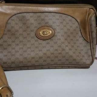 Vintage gucci monogram sling bag