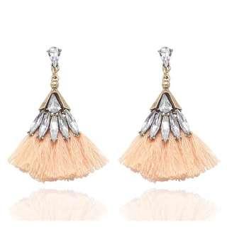 Shimmer and Shine Beige Tassel Fan Jewel Earrings 米色水晶流蘇耳環