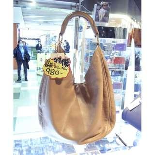 Miu Miu Brown Leather Shoulder Hand Bag MiuMiu 繆繆 啡色 皮革 真皮 手挽袋 手袋 肩袋 袋