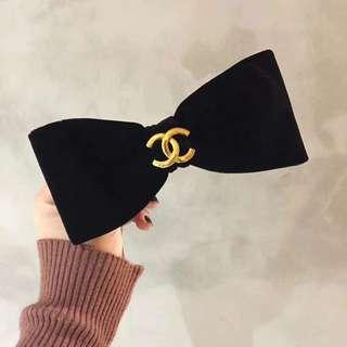 Vintage Coco Chanel Robbin hair clip