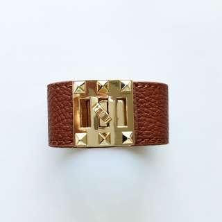 Tanned faux leather cuff