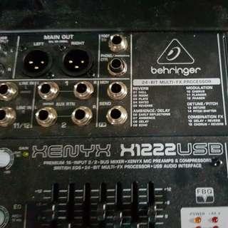 Behringer X1222 USB mixer
