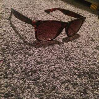 Vans Tortoiseshell Sunglasses