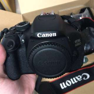 Canon 600D with Kit Lens 18-55mm plus 128GB sdcard