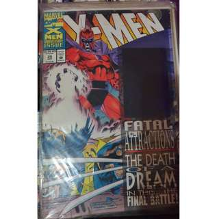 Pre-owned Comic Book - X-Men no. 25 (with hologram on front cover)