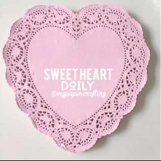 Heartshape Big pattern / color paper Doily