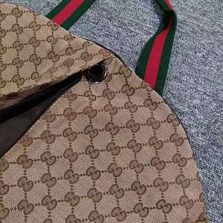 Gucci 掛衣套