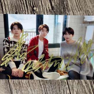TFBOYS 亲笔签名照 4R size 宣传照 Jan 2018