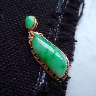 翡翠A貨18k金鑲鑽種好水潤細膩滿色滿綠隨形吊墜特惠包郵順豐,配送證書