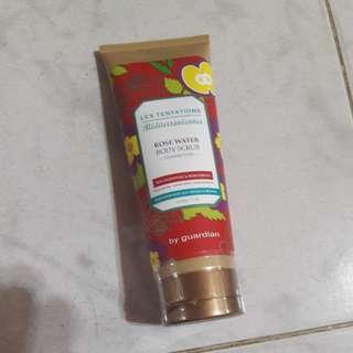Body scrub (rose water)