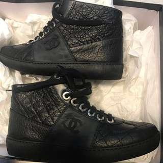 Chanel 牛皮 高筒波鞋