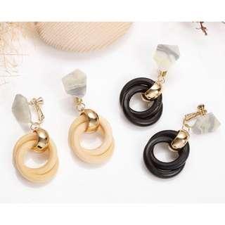 🚚 夾式耳環-不規則雲紋垂多圈木頭夾式耳環