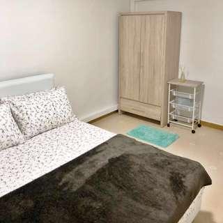 308 Hougang Ave 5 MasterRoom Rental (3NG HDB)