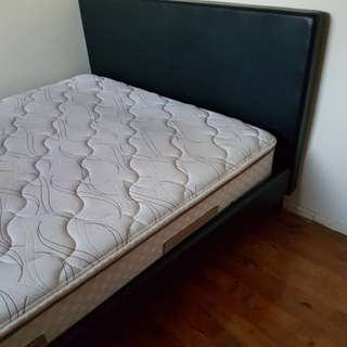 Queen bed and matress