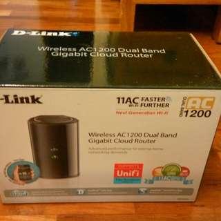 BNIB dlink AC1200 router