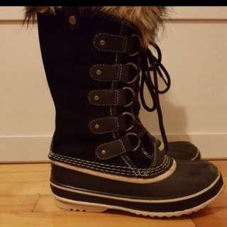 Sorel winter boots. Like new.