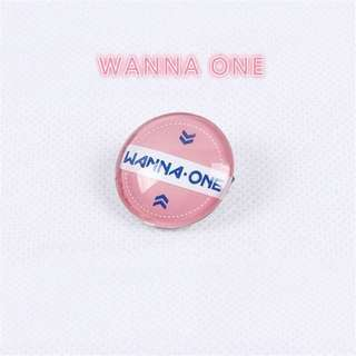 WANNA ONE SMALL BADGE