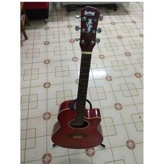 吉他 (含吉他架子跟外袋) 另有調音器(新)+150