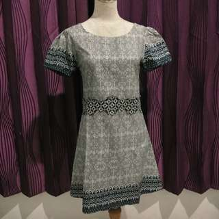 Dress Batik Abu2
