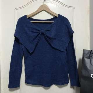 🚚 藍色蝴蝶結造型針織上衣