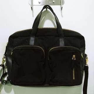 Zero Gravity Messenger bag