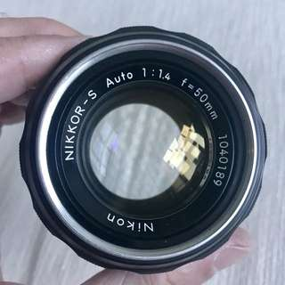 Nikon 50mm f/1.4 AI manual focus prime lens
