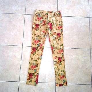 SALE📣📣 Celana panjang floral