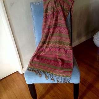 Lightweight native throw blanket