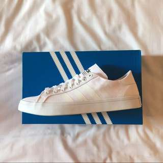 ORIG BRAND NEW ADIDAS SHOES