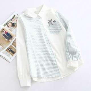 BN1210181-森女莊園森女系日系可愛口袋小兔人刺繡翻領條紋拼色長袖襯衫