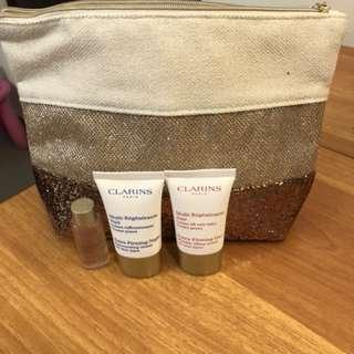 Clarins day & night cream , 收縮水(旅行裝) 連化妝袋一個